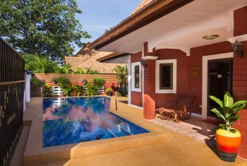 10-Villa-with-pool-outside-pool-area