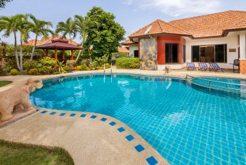 2-Villa-Pattaya-Hill-Pool