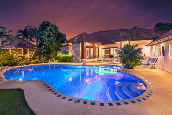 9-Villa-Pattaya-Hill-Villa-at-night