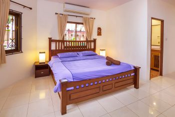 30-Villa-with-pool--bedroom1-1